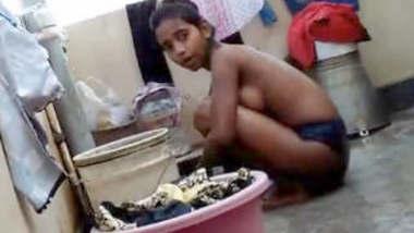 Desi Girl bathing Record By Lover