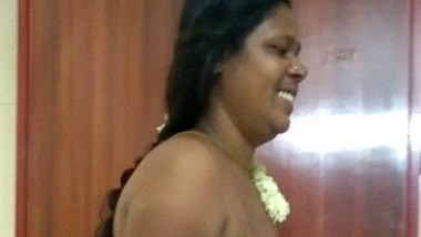 Jasmine chechi from Kollam nude MMS