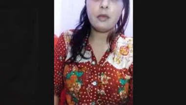 Cute Desi Girl Record Nude selfie