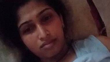 Hot Tamil Girl Record Nude Selfie For lover