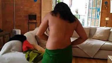 Desi hot aunty dress change video