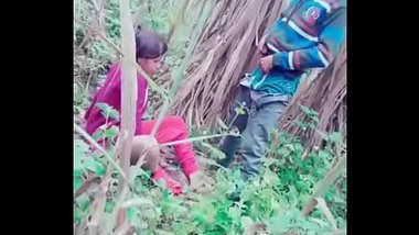 Indian Randi outdoor sex action caught by a voyeur