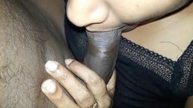 Sexy desi hot girl sucking indian big black cock