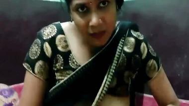 Sexy Bhabhi saree sex video