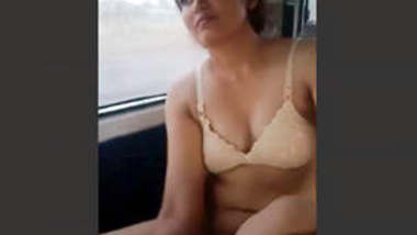 Randi bhabhi fucking in car with young lover