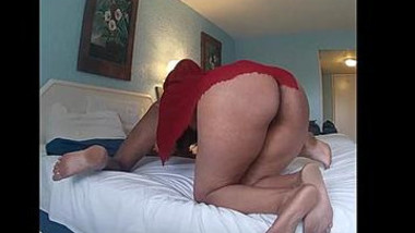 Desi hot wife husband ki gand chahti hui