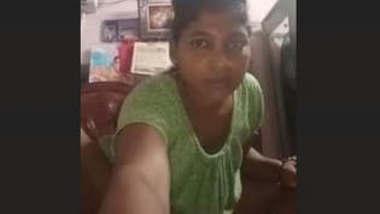 Desi Bhabhi Hot fingering and fucking video Updates part 1