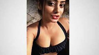 Desi Twinkle Kapoor bikini vdo