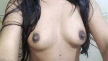 Bangladeshi Model Humya Tanvin Tuktuky Viral Nude Videocall Part 4