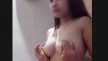 SEXY SHY GIRLFRIEND RIDING BF
