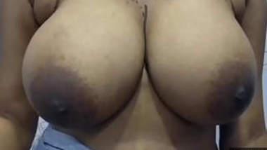 Desi Girl Big Boobs show
