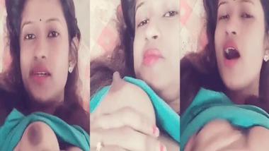 Desi sexy selfie video taken for her boyfriend