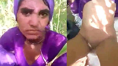 married village bhabhi fucked by bf in field