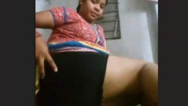 Village Girl Fingering Leaked By Her Boyfriend