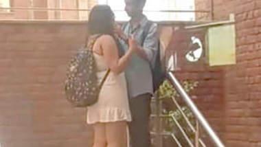 Delhi College couple outdoor romance