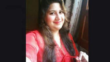 Pakistani Chubby Couple 2 videos Part 1