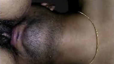 Desi telugu wife pussy licked by hubby