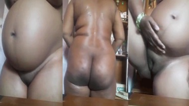Tamil pregnant wife nude show on cam