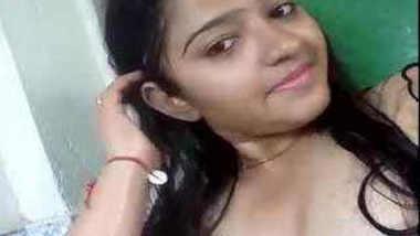 Super Hot n Shy Desi Colg Babe Teena Selfie wid Audio