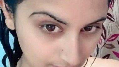 Indian hot model selfie – Gunjan Aras Vids