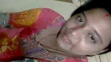 Desi sexy bhabi show her super hot body