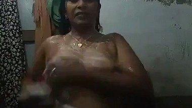 Desi bathroom xvideos