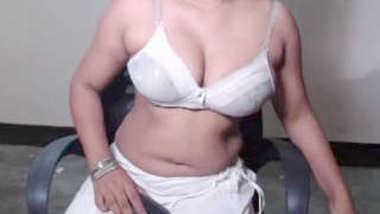 Desi village bhabi hot cam show