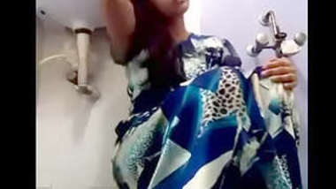 Desi village wife ritu show her sexy body