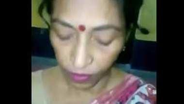 Tamil aunty suck her devar dick