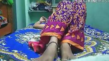 Desi village bhabi fucking with nice sharee