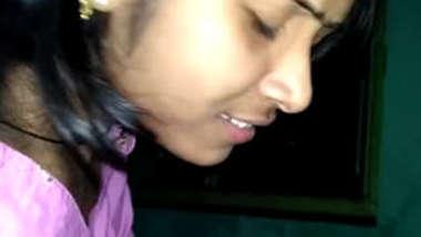 Desi cute hot face bhabi suck her x bf dick