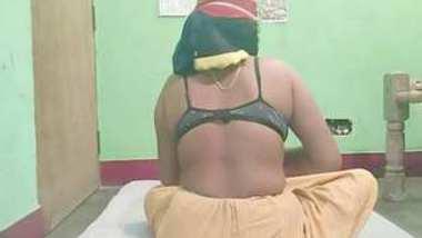 Desi village bhabi nice fucking her father in lw