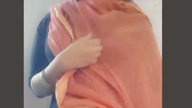 Desi village girl big boobs show