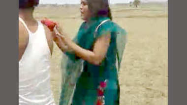 Desi collage lover caught on field