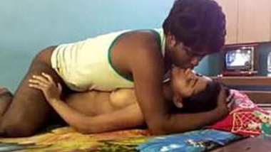 Cute desi lover Romance and fucked Full clip