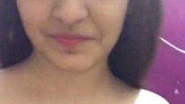 Desi Punjabi maal boobs fondling video