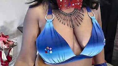 sexy saree desi aunty