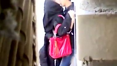 Hidden cam Indiansex video of a college guy fucking his sexy girlfriend