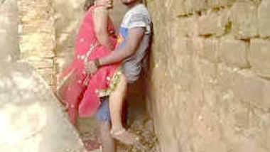 outdoor devar bhabi caught