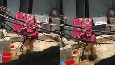 aunty washing pussy removing red panty