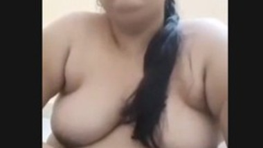 Bhabi in hotel with lover