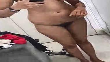 desi gf naked selfie in dressing room