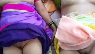 wow lucky man with 2 bhabhis