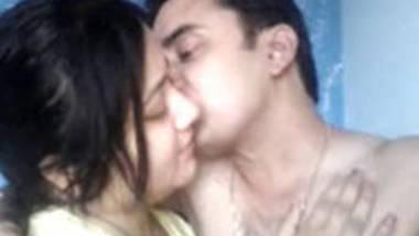 desi couples hot boob show
