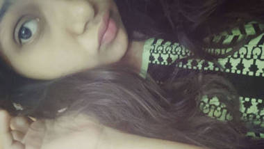 hot and cute lips girl full nude video hd photos