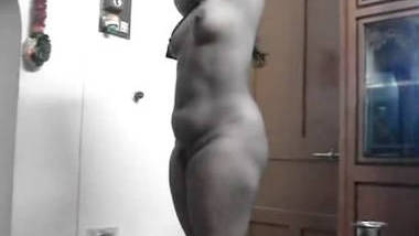 South Indian Wife's Nude Body captured