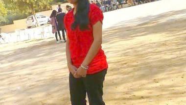 Desi Colg Teen Surbhi Blowjob n Boob Show wid Audio