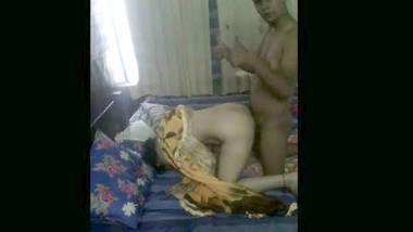 Bhabi fucking wid lover in hotelroom.