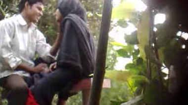 Desi Park Sex Caught By Hidden Cam