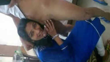 Desi Punjabi Office girl Simran sucking Boss dick in hotel resort